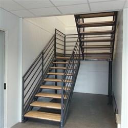 fabricant d escaliers industriels m talliques sur mesure. Black Bedroom Furniture Sets. Home Design Ideas