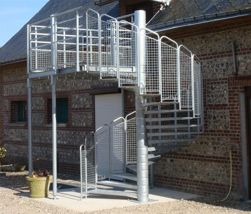 escalier de secours h 233 licoidal m 233 tallique sur mesure